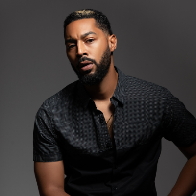 Tone Bell – 7:30pm